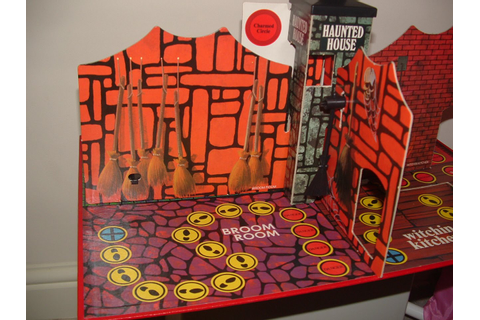 THE COBWEBBED ROOM: DENYS FISHER HAUNTED HOUSE board game ...