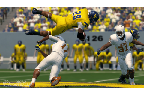 NCAA Football 14 looks to catch up to Madden, but remain ...