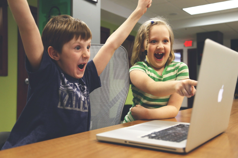 What Experts Say About Kids and Video Games - Raising ...