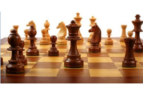 """In Chess, Why is the Queen More Powerful Than the King ..."
