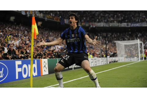 Diego Milito: The Best Striker in the World in 2010 ...