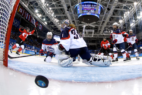 Winter Olympics Women's Ice Hockey: U.S. and Canada ...