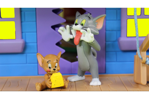 Tom And Jerry Tricky Trap House Playset Game Of Cat And ...