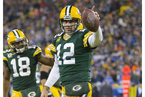 Aaron Rodgers says he'll play Sunday, 'just a matter of how'