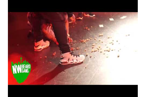THE GAME THROWS A HALF POUND OF WEED INTO THE CROWD - YouTube