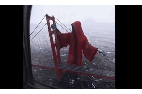 Massive Grim Reaper Overtakes the Golden Gate Bridge in ...