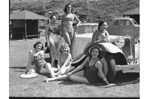 vintage everyday: Funny Photos of Beach's Life in ...
