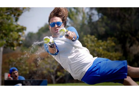 EPIC WATER GUN BATTLE! (Smosh Games vs. The Warp Zone ...