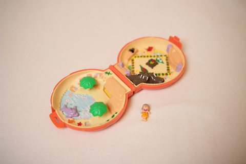 Polly pocket shell polly pocket games child games by cocomily