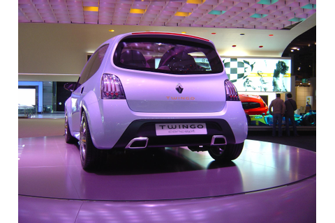 2007 Renault Twingo Review - Top Speed