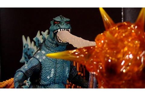 NECA NES GODZILLA: MONSTER OF MONSTERS - GODZILLA 1984 ...