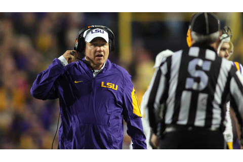 LSU fires coach Les Miles four games into his 12th season