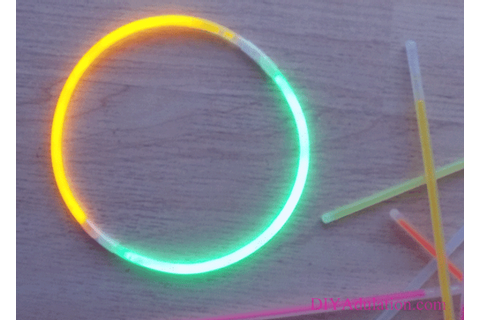How to Play Glow Stick Tag :: An Easy Outdoor Party Game