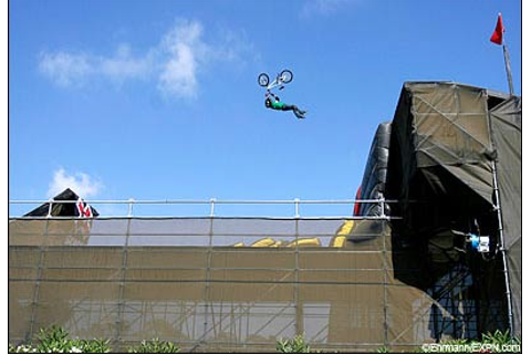 ROBINSON ROLLS IN THE FIRST X GAMES BMX FREESTYLE BIG AIR ...