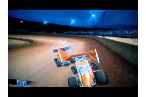 World of Outlaws Sprint Cars 2002 gameplay - YouTube
