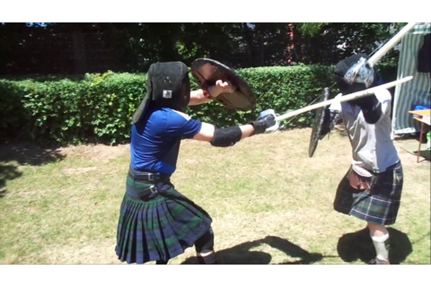 Highland Games - Broadsword & Targe 2 - YouTube