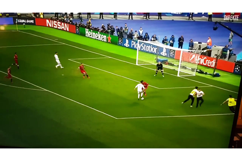 STREAKER Champions League 2017-2018 (Real Madrid-Liverpool ...