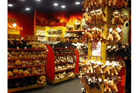 Hamleys will open one of the world's biggest toy stores in ...