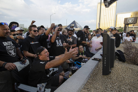 Raiders offering tailgate watch party packages at ...