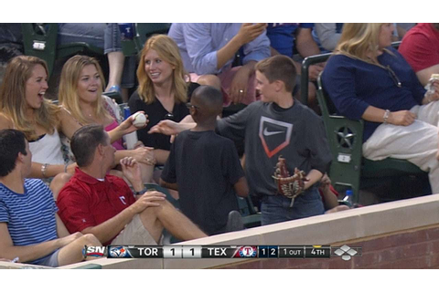 Young fan gives decoy ball to pretty lady - YouTube