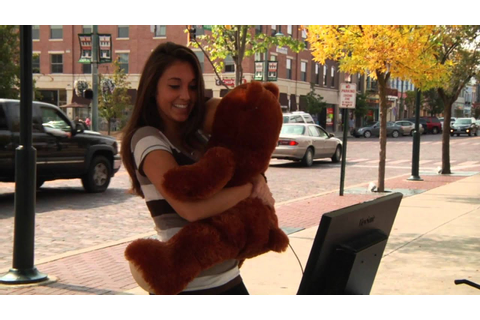 Big Huggin' an Affection Game - Hug the Bear to Play - YouTube