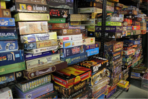 Board game beginners join here | Who Dares Rolls
