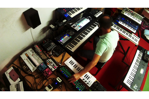 "Ambient Trance Jam ""The Game"" Roland System 1m Microbrute ..."