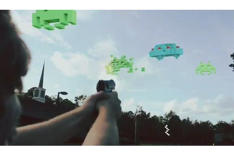 8-Bit Video Game in Real Life | Gadgetsin