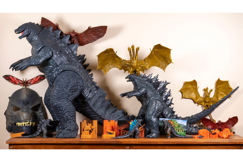 Godzilla King of the Monsters Toys - YouTube