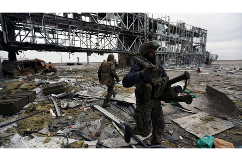 GREAT READ UKRAINE FIGHTERS, SURROUNDED AT WRECKED AIRPORT ...