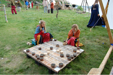 hnefatafl game, Oversized. | Medieval Games | Vikings game ...