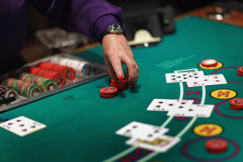 Top 10 casino card and table games | GamerLimit