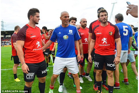 Zidane among France 98 stars in football-rugby match ...