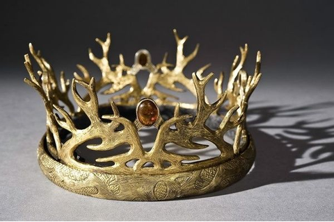 Crown: symbol of power and authority. | Crown jewels ...
