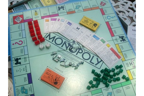 Vintage Monopoly Game 1985 Parker Brothers 100% Complete All