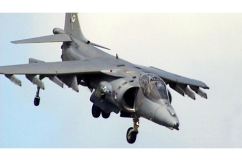 Harrier Jump Jet - Vertical Flight - YouTube