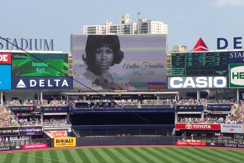 Aretha Franklin honored by baseball teams and players ...