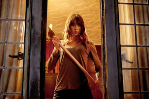 'You're Next' Final Girl Sharni Vinson Is Game for More ...