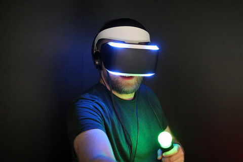 Project Morpheus first impression: Looks like Daft Punk ...