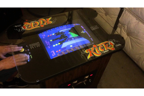 Kick / Kick-Man Arcade game 1981 - YouTube