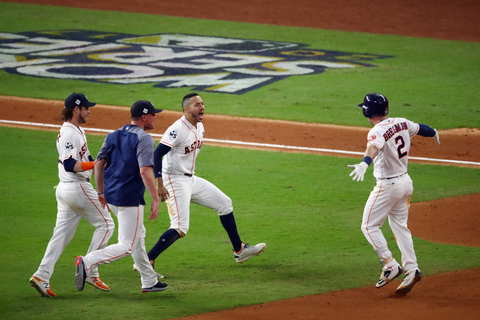 Astros blast by Dodgers 13-12 in Game 5, lead World Series ...