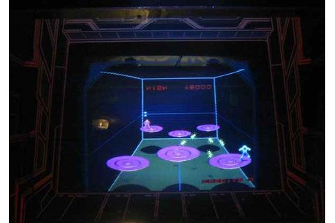 Discs Of Tron Arcade Game of 1983 by Midway at www ...