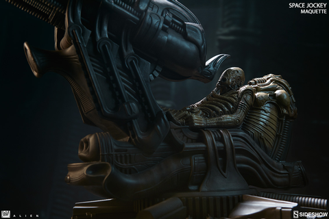 Alien Space Jockey Maquette by Sideshow Collectibles ...