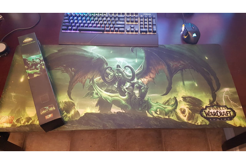 World Of Warcraft LEGION Oversized Game Mat Review - YouTube