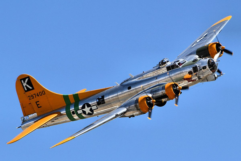 Boeing B-17 Flying Fortress - Simple English Wikipedia ...