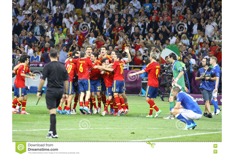 UEFA EURO 2012 Final Game Spain Vs Italy Editorial Stock ...
