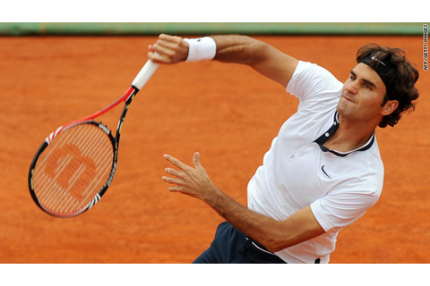 Federer battles into Estoril semis; Djokovic forced to ...