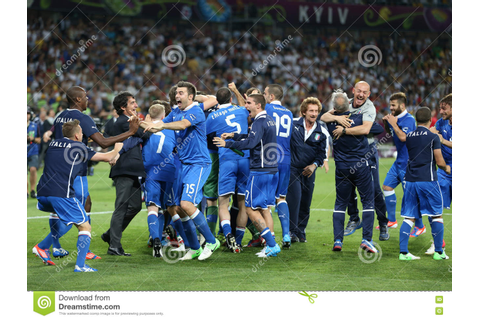 UEFA EURO 2012 Quarter-final Game England V Italy ...