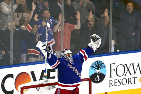 30 Days of Lundqvist: Game 6 and The Save - Blueshirt Banter