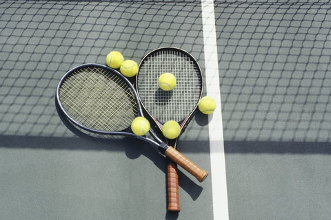 Games to Play With a Tennis Ball | LIVESTRONG.COM